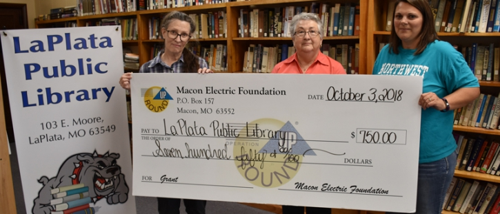 Macon Electric Foundation Awards Grant to La Plata Public Library