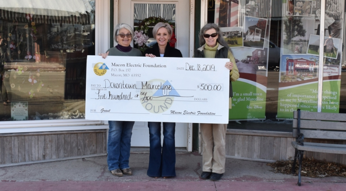 Macon Electric Foundation Awards Grant to Downtown Marceline